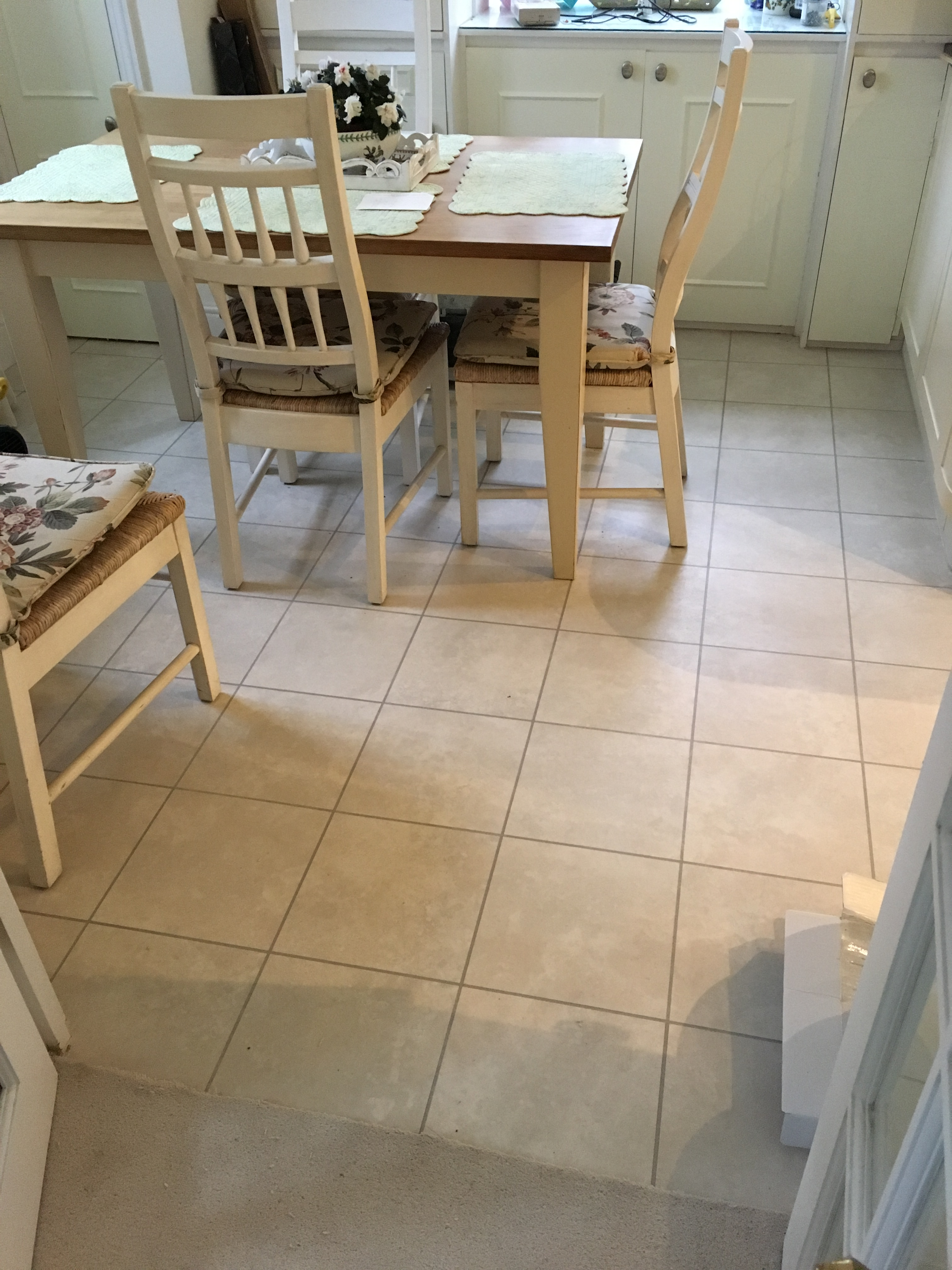 floor fitters in sunningdale