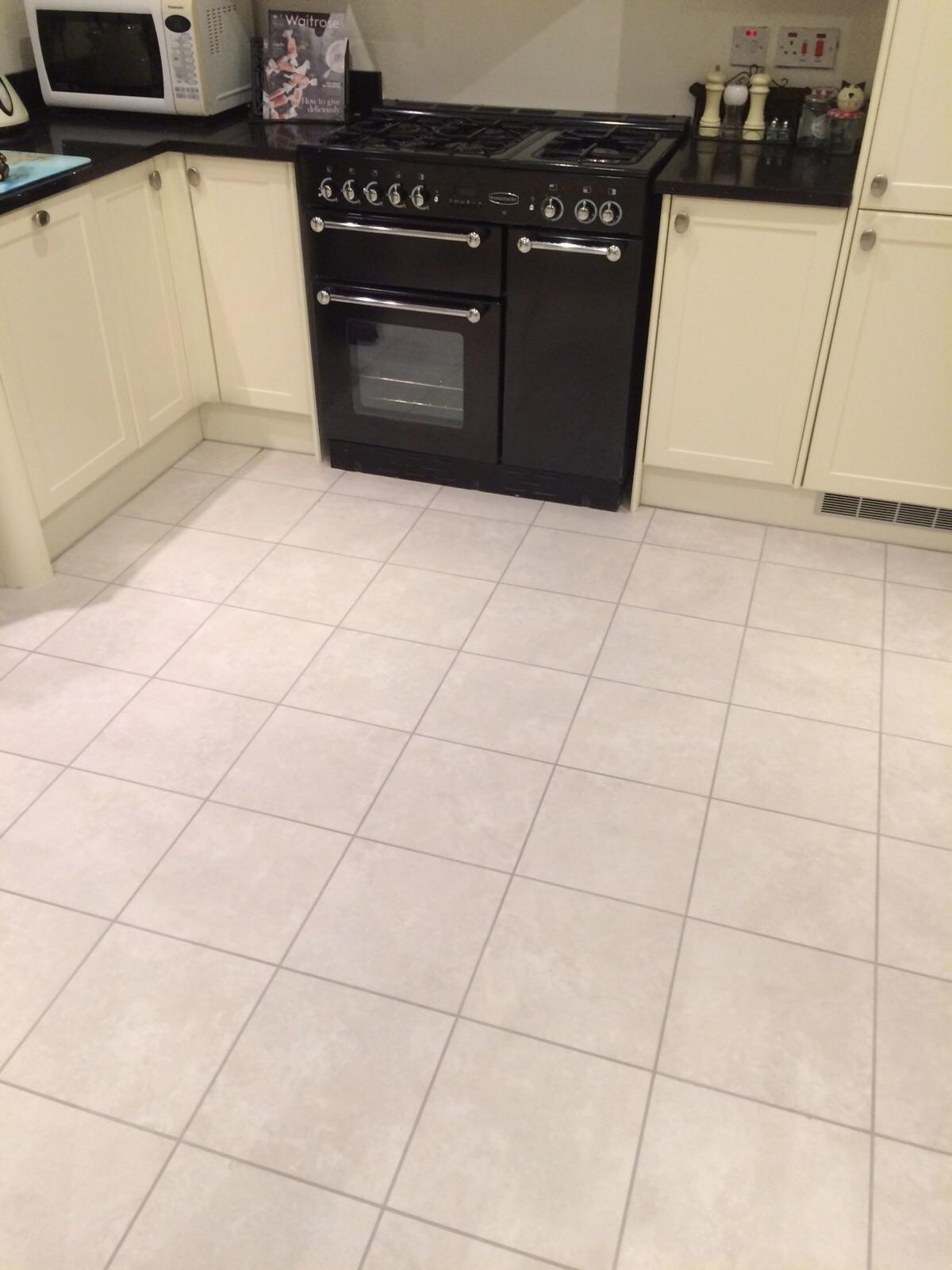 kitchen fitters sunningdale