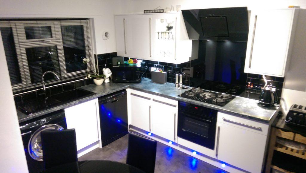 kitchen light fitters bracknell