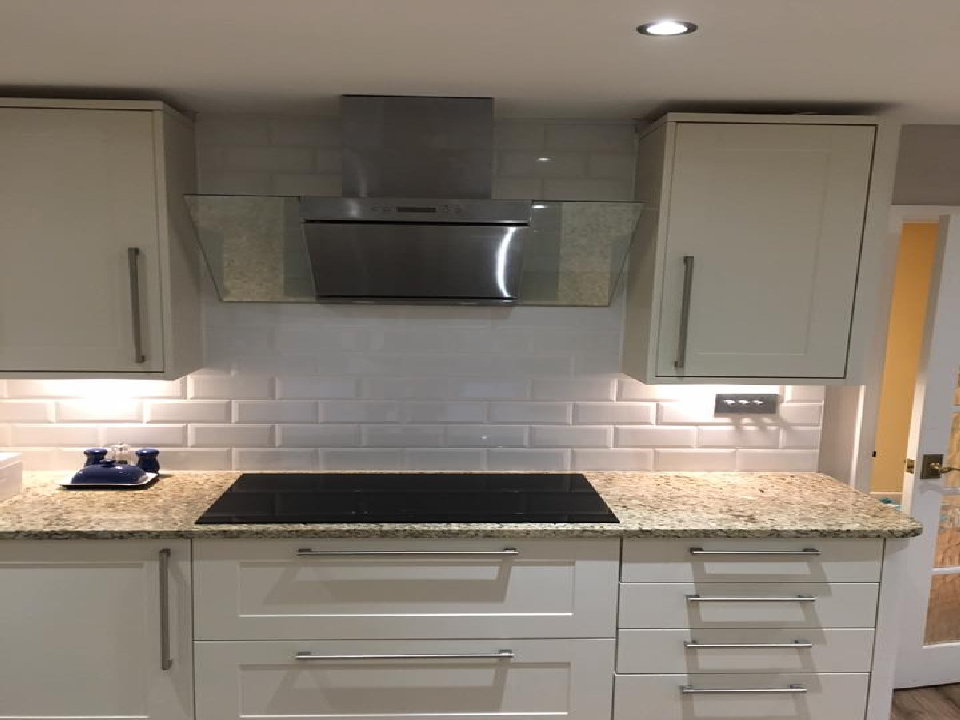 how much does it cost to fit a new kitchen