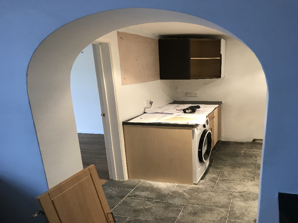 recommend a kitchen fitter near me