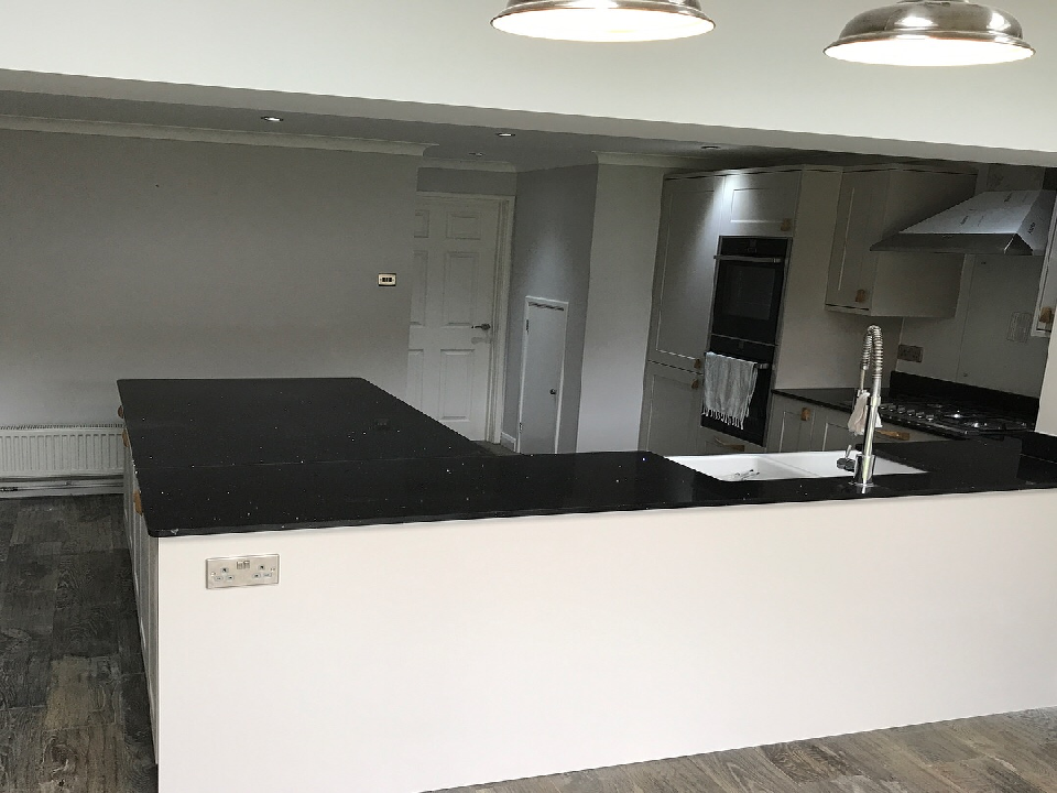 recommended kitchen fitters bracknell