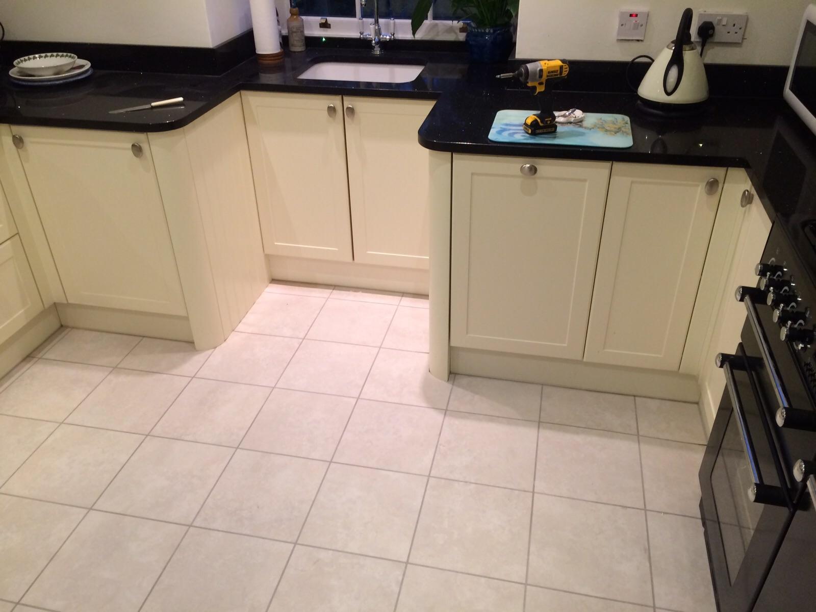 sunningdale kitchen fitters