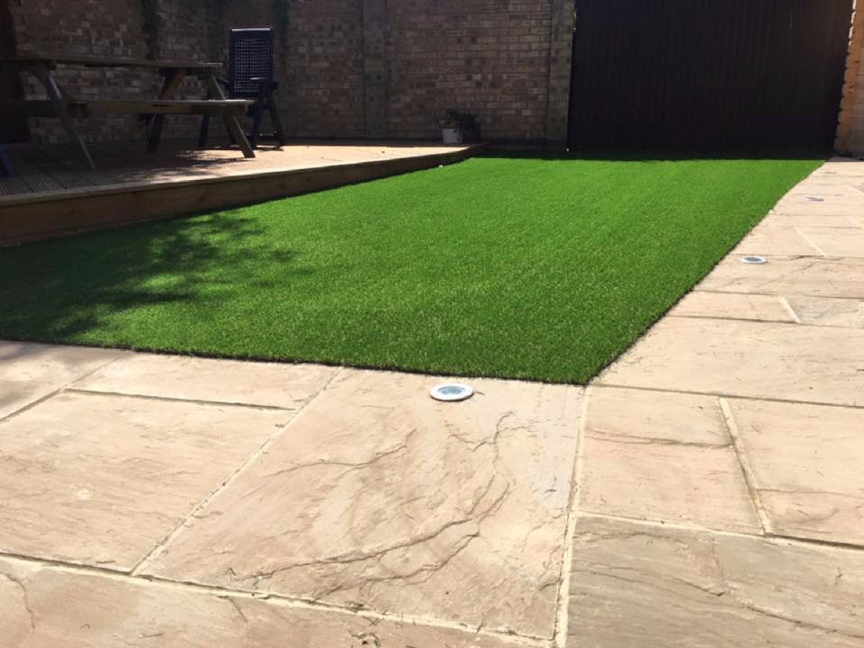 artificial grass fitting prices near me in ascot, bracknell, wokingham, sunningdale, sunninghilll5