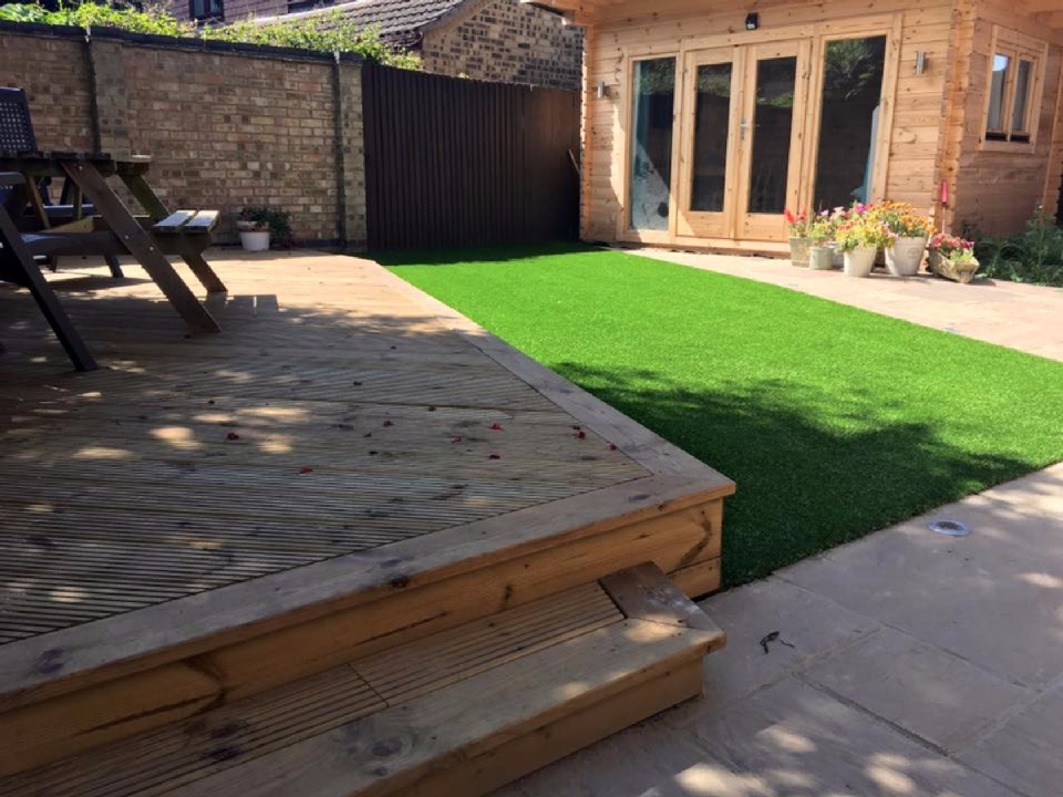 artificial grass fitting prices near me in ascot, bracknell, wokingham, sunningdale, sunninghilll7