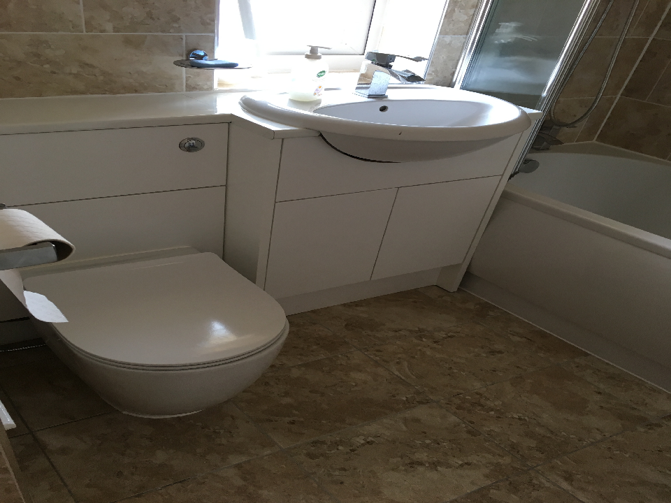best bathroom refurbishment bracknell