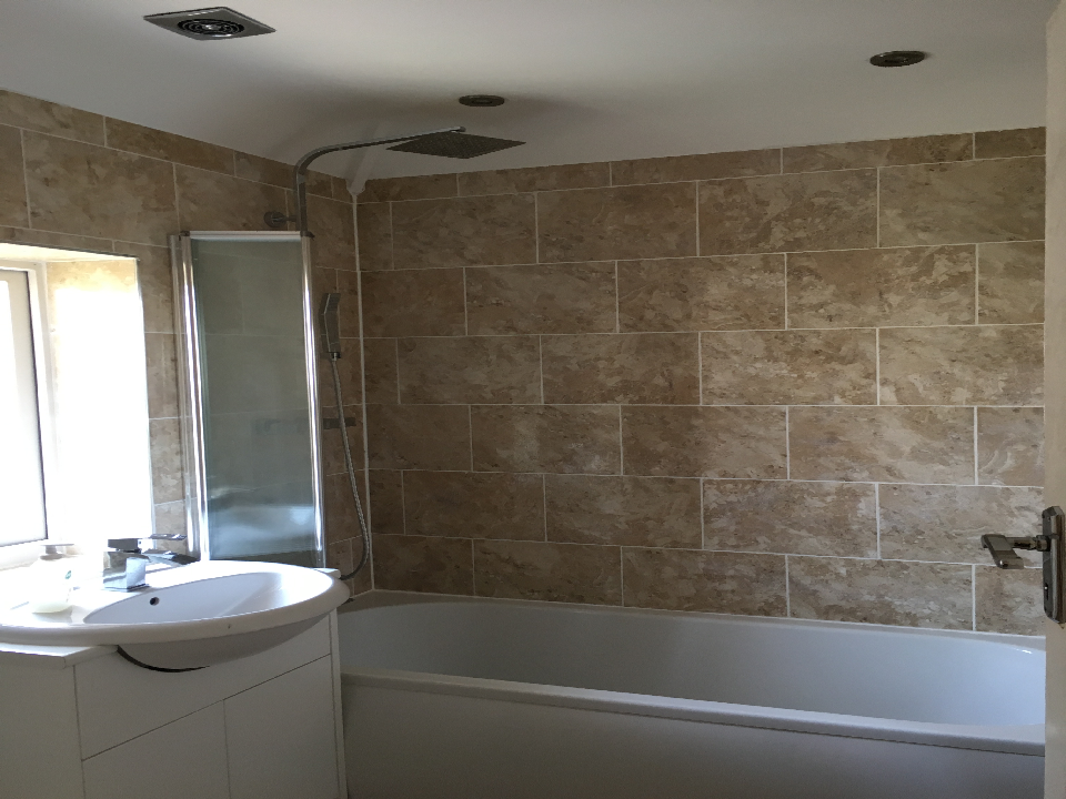 recommended bathroom fitters bracknell